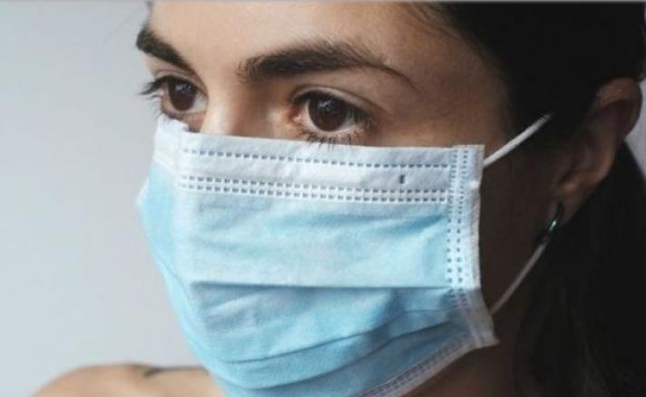 28χρονη από την Κρήτη με Covid-19 περιγράφει τα συμπτώματα και προειδοποιεί