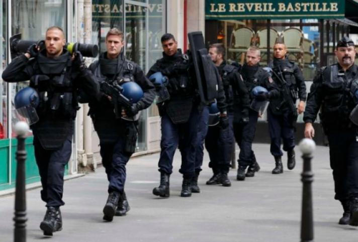 «Συναγερμός» στο Παρίσι για τον αγώνα Γαλλίας-Τουρκίας – Ακύρωσε την παρουσία του ο γάλλος ΥΠΕΞ