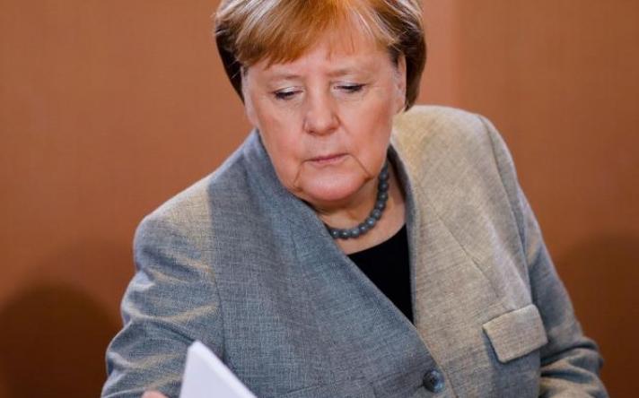 Βερολίνο: Γιατί δεν καλέσαμε την Ελλάδα στη Διάσκεψη για τη Λιβύη