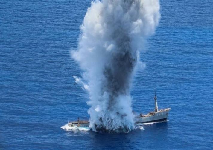 Ηχηρό μήνυμα στην Τουρκία από μεγάλη άσκηση νότια της Καρπάθου με πυραύλους και βύθιση πλοίου