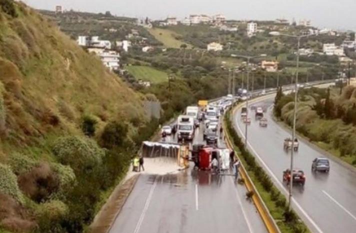 Οι πιο επικίνδυνοι δρόμοι στην Ελλάδα σύμφωνα με το ΙΟΑΣ (Χάρτης)