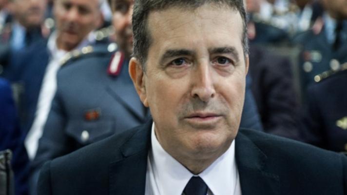 Ο δήμαρχος Μυκόνου ζήτησε αστυνομία και ο Χρυσοχοΐδης άκουσε – Στέλνει τα ΟΠΚΕ στο νησί