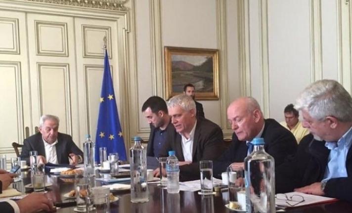 Σύσκεψη στο Μέγαρο Μαξίμου για τα Απορρίμματα της Πελοποννήσου