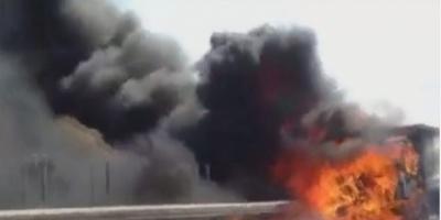 ΤΩΡΑ: Aπορριμματοφόρο πήρε φωτιά εν κινήσει στην εθνική οδό Αθηνών – Κορίνθου (ΔΕΙΤΕ  ΒΙΝΤΕΟ)