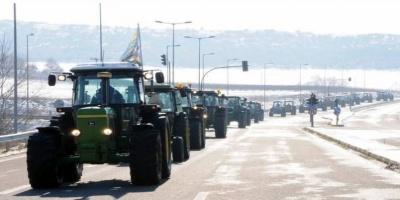 «Ζεσταίνουν τις μηχανές» αγρότες και κτηνοτρόφοι της Μακεδονίας
