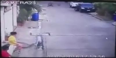 Σκυλί επιτίθεται και δαγκώνει με μανία στο πρόσωπο 14χρονο κοριτσάκι – Χρειάστηκε 100 ράμματα (ΒΙΝΤΕΟ)