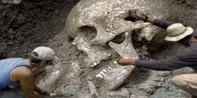 Βρέθηκαν ΣΚΕΛΕΤΟΙ ΓΙΓΑΝΤΩΝ στο METRO της ΑΘΗΝΑΣ; (video)